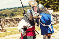 Knights (Romain Gibier Photographe) Tags: canon fight fighter armor knight combat chevalier dx armure fullcontact compétition tournois 60d profight behourd