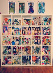 toy box *-* (girl enchanted) Tags: vintage toy toys frozen starwars dolls toystory bears disney le collections totoro kenner barbies cabbagepatchkids carebears strawberryshortcake takara mattel astroboy collectibles steiff dollies toyroom blythes 80stoys kenners moofs dollyroom frozendoll