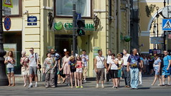 waiting to cross Nevsky prospect.  St.Petersburg, Russia (ὕδωρ) Tags: summer people stpetersburg russia candid streetphotography crosswalk nevskyprospect