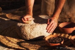 Molino de mano (Bruno Durn) Tags: feria cultura iberico ibrica despoblado