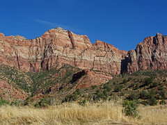 20110918_18a (mckenn39) Tags: mountains nature nationalpark ut desert cliffs zionnationalpark