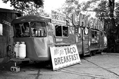Try Ms. P's Taco Breakfast (dangr.dave) Tags: chicken austin neon texas tx neonsign trailer southcongress congressavenue msps tacobreakfasts
