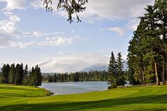 Jasper National Park, Canada (leo_li's Photography) Tags: parcnationaljasper golfcourse 高爾夫球場 jaspernationalpark alberta canada 加拿大 亞伯達省 canadianrockymountains rockymountains 洛磯山脈 亞伯達 艾伯塔省 艾伯塔