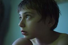 Dragon blue (paulavf) Tags: retrato portail interior kids children niño