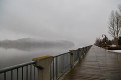 Easter, with dull tones (BLEUnord) Tags: vieuxport chicoutimi saguenay promenade rivière river brume fog nuages clouds cloudy printemps spring pâques easter dull terne gris gray température weather