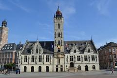 Stadhuis, Dendermonde (Erf-goed.be) Tags: stadhuis lakenhalle belfort grotemarkt dendermonde archeonet geotagged geo:lon=40988 geo:lat=51031 oostvlaanderen