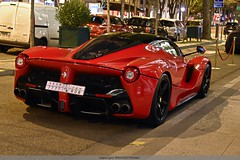 Lady in red (MANETTINO60) Tags: ferrari laferrari red rouge paris plazaathenee plaza athenee v12 nikon d5500 worldcars nuit night supercar wagen car voiture hotel maranello f70 rear arriere race arab racing horsepower hybrid power