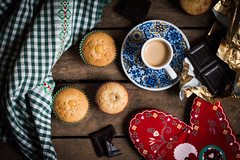 (jakub.sulima) Tags: nikon d3200 nikkor 50mm f18 studio indoor cup coffe cupcake cake chocolate sweets table tableware top view fromabove colorful colours red brown green yellow orange blue black white dark bright intensive wood wooden art stilllife gold purple round food drink