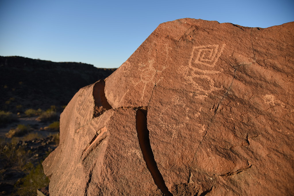 The world 39 s best photos of petroglyph and rock flickr for Landscaping rocks yuma az