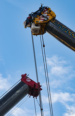Cranes in the Sky (frisiabonn) Tags: outdoor merseyside england uk britain liverpool birkenhead crane bridge construction demolition dismantle