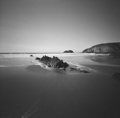 Traethllynfn (Christopher M Hight) Tags: pinhole ilford panf50 zero 2000 120 6x6