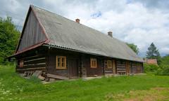 Chya 9 (Hejma (+/- 4500 faves and 1,5milion views)) Tags: green grass poland polska roofs zielony trawa beskidy dachy zawadka chya rymanowska homesteadunderoneroof
