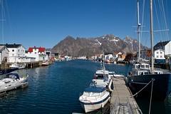 Havna i Henningsvr (kjelljoran) Tags: norway norge lofoten havn henningsvr vgan vgakallen festvgtinden kvanndalstind budalstind