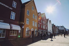 Bergen (lindaa.martin) Tags: city vacation people sun house travelling colors norway architecture photoshop eos norge holidays colours mark norwegen ps cc ii 5d bergen canoneos aida markii creativesuite lindamartin 24105mm canon24105mm14l 24105mm14l pscc canoneos5dmarkii 5dmarkii eos5dmarkii photoshopcc