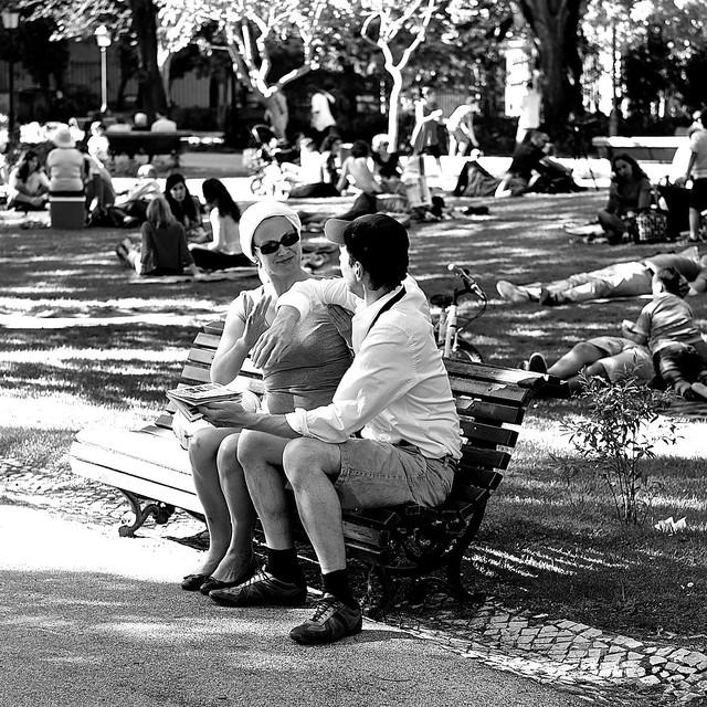blackandwhite bw portugal training blackwhite couple lisbon cc creativecommons happycouple jardimdaestrela healthfitness bodymovements estrelasgarden