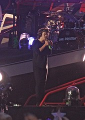 Harry Styles at Manchester Etihad Stadium 1st June 2014 (kneecoalrodgers) Tags: manchester one louis stadium harry direction styles tomlinson etihad onedirection harrystyles louistomlinson