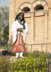 Kateri Tekakwitha (1656-1680) (Snap Man) Tags: newmexico santafe statue unitedstates stfranciscathedral santafecounty nikond600 cathedralbasilicaofstfrancisofassisi downtownsantafe byklk