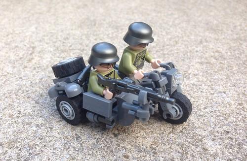 Deutsches Motorrad mit Beiwagen