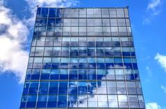 cloud mirror (Rasande Tyskar) Tags: windows building glass clouds reflections mirror fenster spiegel wolken glas hochhaus reflektionen
