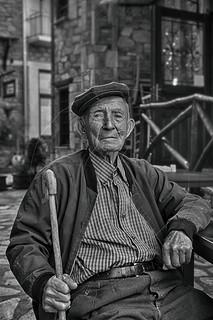 Λεβεντόγερος Able-bodied old man