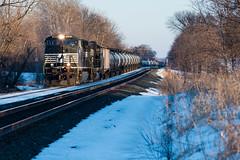 NS 9465 at Loretto (shawn_christie1970) Tags: loretto minnesota unitedstates us ns railroad train oil ns9465 siding snow winter ns7016