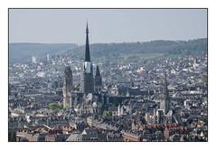 Eglise St Maclou et Cathédrale de Rouen (SiouXie's) Tags: color couleur fujixe2 fujifilm fuji 55200 siouxies rouen normandie normandy ville city paysage landscape cathédrale cathedral abbatiale église church vi