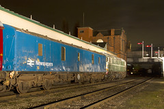 IMG_1131-D5401 (Roger J Brown) Tags: green blue transition era newspapers mail offloaded loughborough emrps photo charter evening wednesday 25th february 2015 gcr roger brown canon 7d sigma heritage railways steam