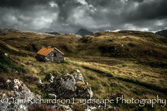 Suileag Bothy (tomrichardson931) Tags: offthebeatentrack autumn england wildness mountains wild outdoor hills moors picturesque bothy canisp countryside scene desolate alba assynt remote scotland suileagbothy scenic lochinver landscape suilven europe uk valley unitedkingdom gb