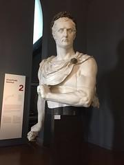 Buste de Napoléon 1er, figure de proue :  Figure de proue du Iéna  (1846) - Musée de la marine à Paris (stefff13) Tags: musée marine paris buste napoléon proue bateau léna
