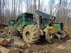 John Deere 649H (Proto-photos) Tags: forestry logger logging log grapple machinery heavyequipment skidder jd construction johndeere vehicle 649h tractor timber
