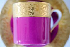 Glaze - Email (fred_v) Tags: macromondays color couleur glaze gold limoges or pink porcelaine rose tasse