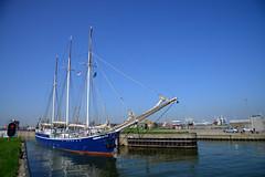 Rembrandt Van Rijn DST_5577 (larry_antwerp) Tags: schip ship vessel 船 船舶 אונייה जलयान 선박 کشتی سفينة schelde 斯海尔德河 スヘルデ川 스헬더 강 رود شلده سخيلده netherlands nederland zeeland vlissingen 8941808