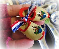 Little clogs. (France-♥) Tags: 291 clog sabot miniature macro solvang souvenirs main hand californie usa bokeh