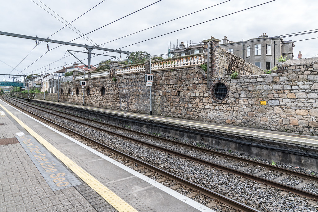 SEAPOINT RAILWAY STATION [ON THE OLD DUBLIN AND KINGSTON LINE]-126927