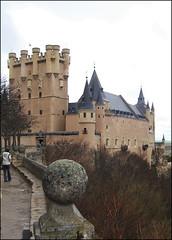 Alcázar de Segovia (28-3-2005) (Juanje Orío) Tags: castillayleón segovia provinciadesegovia españa spain 2005 whl0311 patrimoniodelahumanidad worldheritage biendeinteréscultural castillo castle palacio