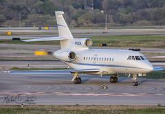 Private Dassault Falcon 900EX (N900CM) (Michael Davis Photography) Tags: kbna bna nashville nashvilleairport nashvilletennessee dassaultfalcon falcon900 n900cm aviation photography flight jet privatejet corporatejet private businessjet generalaviation