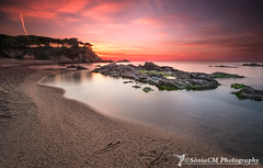 Easter Sunrise (Sònia CM) Tags: girona beach costabrava fuji fujifilm fujinon1024 fujinon fujixt2 xt2 rocks sea seascape sky sunrise morninglight morning mar esfujifilmx longexposure largaexposicion llargaexposició water waterscapes