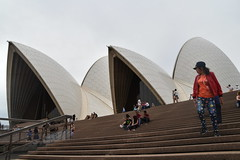 Sydney Opera House (Manoo Mistry) Tags: sydney sydneyoperahouse sydneycove australia harbour nikon18270mmzoom nikon tamron18270mmzoomlens tamron modernarchitecture architecture steps tourism tourist operahouse openspace
