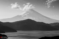 Mt. Fuji of Black and White (Masahiko Futami) Tags: sky blackandwhite bw nature monochrome japan canon landscape spring asia photographer mountfuji 日本 fujisan 自然 hakone 空 富士山 風景 mtfuji 春 箱根 白黒 芦ノ湖 lakeashinoko モノクローム eos5dmarkiii