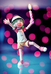 Happy Birthday ! (Art by Vins) Tags: birthday cute toy toys photography bokeh figure yotsuba danbo revoltech danboard