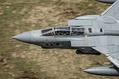 9 Squadron Tornado GR4 in 617 Squadron Markings (benallenphotography.co.uk) Tags: wales training canon force loop air low royal 9 shelf level middle markings raf squadron mach 617 torando gr4 bwlch sqd lfa7