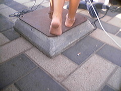 f372751 (DolceaiPiedi) Tags: feet girl foot candid barefoot piedi ragazze amatorial amatoriali