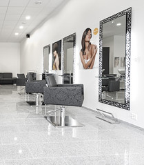Coiffeur Hair Paradise - Switzerland (Salon Ambience) Tags: sky hair chair gelb salone hairdresser hairsalon salon specchio madeinitaly skycolor parucchiere specchiera designsalon hairdressingfurniture mensolaspecchiera salonambience saloneparrucchiere washunits