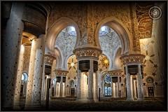 Abu Dhabi, United Arab Emirates (Wioletta Ciolkiewicz) Tags: city capital ciudad mosque arabic abudhabi decor emirate unitedarabemirates citt zea miasto stolica sheikhzayedbinsultanalnahyan dekoracje meczet emiratiarabiuniti  emiratosrabesunidos sheikhzayedgrandmosque  uaezjednoczoneemiratyarabskie wiolettaciolkiewicz