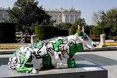 Caw Parade Madrid (ipomar47) Tags: madrid españa caw spain pentax parade desfile vaca exposición rebaño k20d
