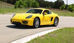 Porsche-Action-01