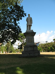 012 - Albert Park - Sir George Grey statue