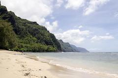 Kauai (ta3mam) Tags: clouds hawaii nikon kauai  napali hanalei waimeacanyon napalicoast hanaleibay hawaiianislands hawa thedescendants d7000 hawaiianskies 17f35