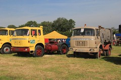 Tractor & Sweeper (ekawrecker) Tags: cab wide camion narrow cabine