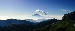 Mt.Fuji from Mt.Shiomidake (yatti(._.)) Tags: mountain alps japan landscape south mtfuji